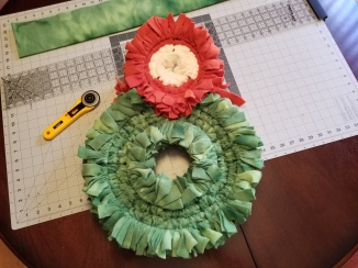Wreath frames completely filled in